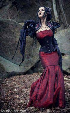 Gothic Steampunk, Dark Victorian, Neo-Victorian...just gorgeous!