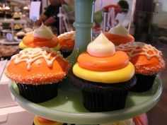 colorful fancy halloween cupcakes
