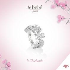 Anelli della collezione Ghirlande, le emozioni più belle possono essere racchiuse in un girotondo prezioso d'amore. :) http://www.lebebe.eu/it/collezioni/le_Ghirlande #fieradiesseremamma #lebebé #gioielli #anelli