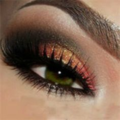 Sunset Eyes: Eye Base; Pressed Eyeshadows Red Earth, Antique Gold,Creme Fresh, Cappuccino and Onyx; Gel Eyeliner Little Black Dress; Khol Eyeliner Coffee; Lustrafy High Definition Mascara Onyx.