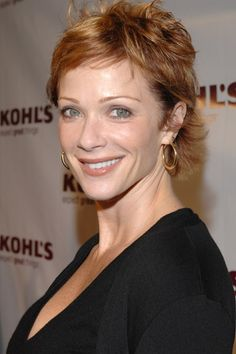 Lauren Holly as Dr. Betty Rogers #Motive   Living in a