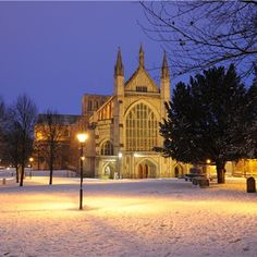 1000 YEAR OLD CATHEDRAL and burial place of Jane Austen is only a short drive from Farleigh. See the illuminated Winchester Bible, 12th-century wall paintings, medieval carvings, contemporary art and the awe and wonder of this magnificent building. Christmas Eve here is magical.