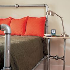 Love this pipe bed.