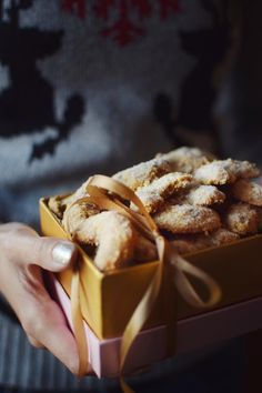 Vanilkové rohlíčky • CukrFree.cz Cereal, Breakfast, Health, Food, Lifestyle, Morning Coffee, Health Care, Essen, Meals