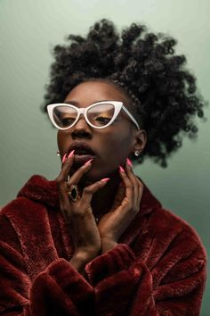 visual blurbs of an artistic / creative / kinky / inspired mind. Black Love Art, Kinky, Photoshop, Glasses, Artist, Queens, Colour, Image, Colouring Pencils