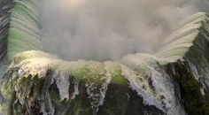 Stunning Aerial Flyover of Niagara Falls in a Quad Copter
