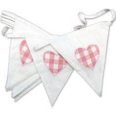 Gingham pink hearts - perfect for a summer vintage wedding