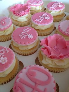 The Biggest Contribution Of Birthday Cupcakes For Female To Humanity Birthday Cupcake Images, Birthday Cupcakes For Women, Cupcake Day, 40th Birthday Party For Women, 40th Bday Ideas, 30 Birthday Cake, Fondant Cupcakes, Cupcake Cakes, Purple Cupcakes