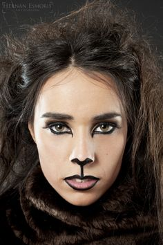 wizard of oz makeup - Google Search I Heart Makeup, Fox Makeup, Up Costumes, Family Costumes, Costume Ideas, Cowardly Lion Halloween Costume, Wizard Of Oz Play, Plus Size Cosplay, Dress Up Day