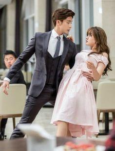 My Secret Romance starring Sung Hoon and Song Ji Eun Love this kdrama! Korean Drama Romance, Korean Drama Movies, Korean Dramas, All Korean Drama, Asian Actors, Korean Actors, Song Ji Eun, Sung Hoon My Secret Romance, W Kdrama
