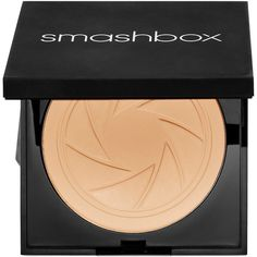 Smashbox Photo Filter Powder Foundation ($42) ❤ liked on Polyvore featuring beauty products, makeup, face makeup, foundation, beauty, used., cosmetics, oil free powder foundation, smashbox foundation and powder foundation