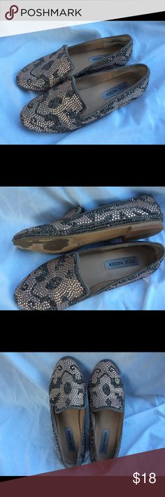Steve Madden rhinestones flats. Brown & gold rhinestones, excellent condition worn maybe 2 times. Easy slip on really comfortable. Steve Madden Shoes Flats & Loafers