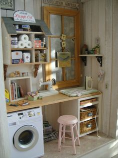 Sweet little mini workroom, using a 1/144 scale kit for a shelf. Brilliant!