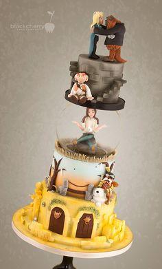 Little Cherry Cake Company - Wedding Cakes. Different type of Labyrinth cake Beautiful Cakes, Amazing Cakes, Mini Cakes, Cupcake Cakes, Cake Pops, Fondant, Cake International, Fantasy Cake, Character Cakes