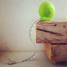 Snail Measuring Tape - WorldOfNovelty.com