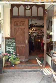 Restaurant Oma's Küche in Köln, Frühstück, Mittagessen, Kaffee und Kuchen, Abendessen