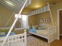 Art sharing rooms baby-oh-baby Girl Room, Baby Room, Home Catalogue, Childrens Rooms, Kid Rooms, Shared Bedrooms, Building A New Home, Kids Decor, Home Decor