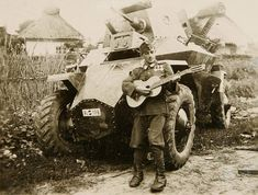Military Love, Ww2 Tanks, War Photography, Armored Vehicles, Armored Car, Custom Vans, German Army, Panzer, Military History