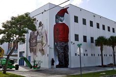 Remember when you`d been a naughty kid at school and your teacher would make you face the wall? MTO ( Graffiti / Street-art ) hasn't forgotten! His new piece is on a school in #Miami! Head down for the last day of#Graffiti Sessions to hear why the streets are the best school for artists these days! http://graffitisessions.com/