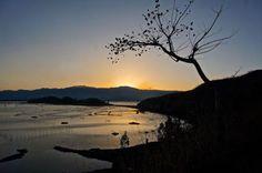 Sunset over Loktak Lake, Manipur, India. Trueworldtravels.com