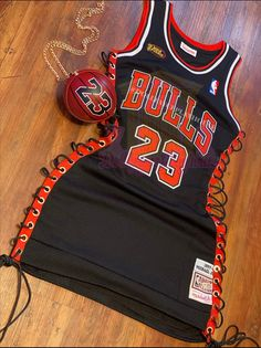 Glamouröse Outfits, Baddie Outfits Casual, Swag Outfits For Girls, Cute Swag Outfits, Teen Fashion Outfits, Trendy Outfits, Basketball Jersey Outfit, Cute Birthday Outfits, Early 2000s Fashion
