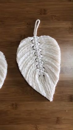 Diy feather leaf by using ropes diy diyjewelryeasy diyjewelryholder diyjewelrymaking feather leaf ropes using 26 handmade gift ideas for him diy gifts he will love for valentines anniversaries birthday or any special occasion involvery Diy Crafts Hacks, Rope Crafts, Diy Home Crafts, Diy Arts And Crafts, Yarn Crafts, Sewing Crafts, Diy Projects, Feather Crafts, Creative Crafts