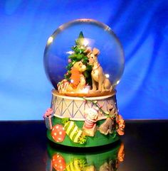 Snow Globe Disney Enesco Lady And the Tramp Holiday