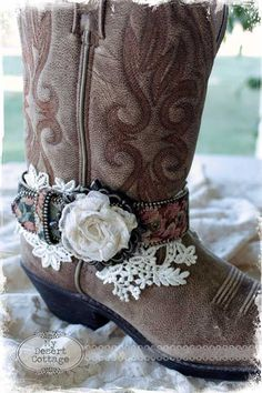 **My Desert Cottage**: Thrifty Finds  boot belt for a certain niece?