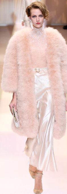 #Luxury Designs - Armani Privé Catwalk #Luxury.com