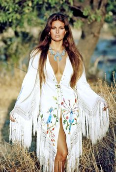 A Young & Stunning Raquel Welch