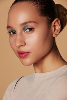 4 Next-Level Makeup Looks To Learn Now #refinery29  http://www.refinery29.com/clinique-pop-artistry-makeup#slide-4