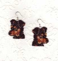 Miniature Pinscher Miniature Doberman Pinscher earrings large enough for a pendant yet small enough for earrings. A realistic image created from only 12 colors. Project Type: Bead Stitch: Brickstitch