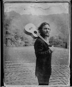 Eddie Vedder / Photo by Danny Clinch