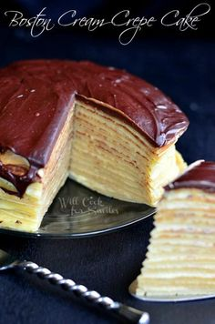 Boston Cream Crepe Cake, I tried this one and it was good but not as good as it looked and sounded. I think I would stick with crepes regular, and Boston Cream Pie regular. Just Desserts, Delicious Desserts, Yummy Food, Sweet Recipes, Cake Recipes, Dessert Crepes, Crepe Cake, Boston Cream, Comida Latina