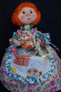Ручная работа кукла -грелка на чайник Маша
