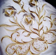 Gold Embroidery, Embroidery Designs, Gold Bedroom, Gold Work, Lace Ruffle, Needlework, Mandala, Knitting, Anarkali