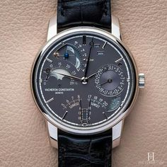 """Meaning """"invincible"""" in Latin, Invicta watches were really made as early as Creator Raphael Picard wanted to bring customers high quality Swiss watches… Fine Watches, Cool Watches, Watches For Men, Wrist Watches, Popular Watches, Elegant Watches, Beautiful Watches, Stylish Watches, Vacheron Constantin"""