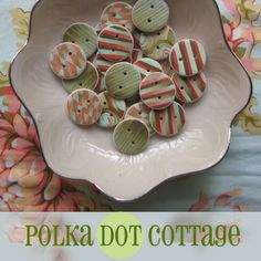 Beautiful buttons by Lisa Clarke of Polka Dot Cottage. Found her through Twitter a while ago and loved her Polymer Clay techniques and color and the way she combines her buttons with knitted and crocheted items - gorgeous. Sad to say I found a blog article stating that web was going to stop selling through Polka Dot Cottage for a while but there are beautiful things to see there still.