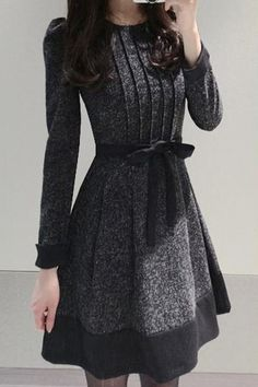 Elegant Women's Jewel Neck Long Sleeve Color Block Worsted Dress