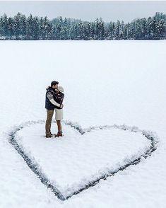 Ideas Wedding Winter Photoshoot Couple Photos For 2019 Winter Photography, Couple Photography, Wedding Photography, Photography Ideas, Amazing Photography, Funny Photography, Lake Photography, Christmas Photography Couples, Sweets Photography
