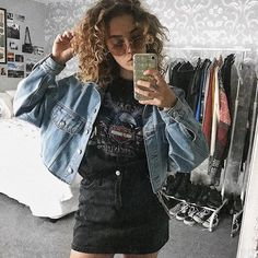 hey it's me tryin to look cute for the gram 🙃 Edgy Outfits, Girl Outfits, Cute Outfits, Fashion Outfits, Womens Fashion, Poses, My Wardrobe, Girly Things, Denim Skirt