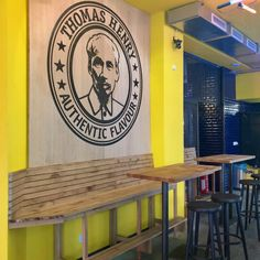 Enter The Dragon ~ trendy in Munich! The Fat Panda Express snack bar with logo