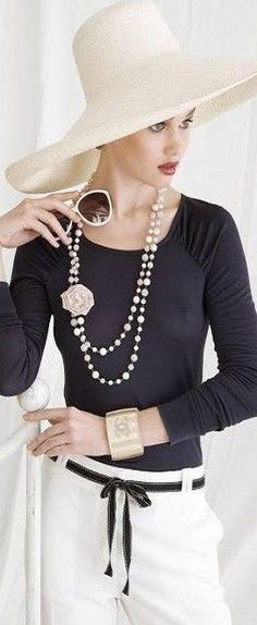 Black & White everywhere ~ Chanel accessorized