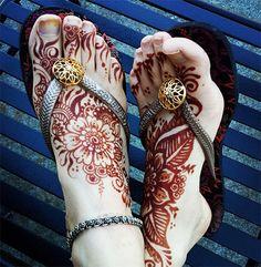 Foot Henna Stain Design #henna #mehndi