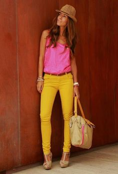 Discover and organize outfit ideas for your clothes. Decide your daily outfit with your wardrobe clothes, and discover the most inspiring personal style Colored Pants Outfits, Yellow Pants Outfit, Yellow Jeans, Beige Outfit, Mustard Pants, Mustard Yellow, Pink Yellow, Fashion Wear, Fashion Outfits