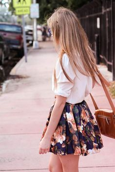 Cute summer style! #floral #skirt