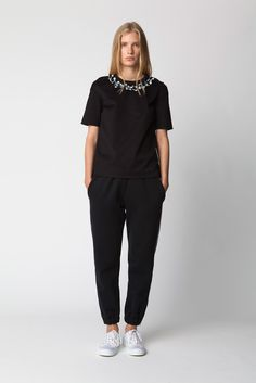 Mother of Pearl | Resort 2015 | 16 Black short sleeve top with floral collar and black trousers