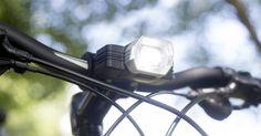 This smart bike light adjusts its brightness based on your speed