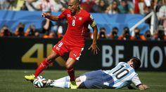 Messi por el suelo.. Argentina 1 Suiza 0 .......... Gol de Di Maria..... en tiempo suplementario..... 1 julio de 2014.. octavos de final..  Estadio Arena Corinthias ... San Pablo.. Brasil.