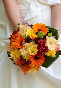 Ein schönes Beispiel für den Brautstrauß zur Herbsthochzeit... | Inspirationen & Anregungen | Ideen & Tipps | Viele tolle Beispielbilder